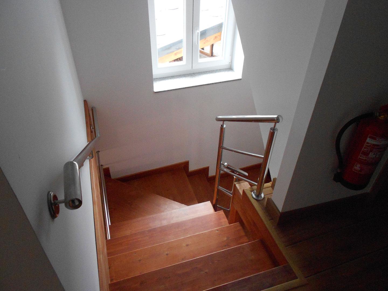 escalera02